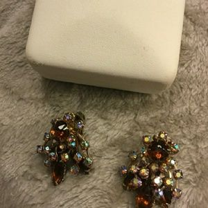 Clip on Vintage earrings💍